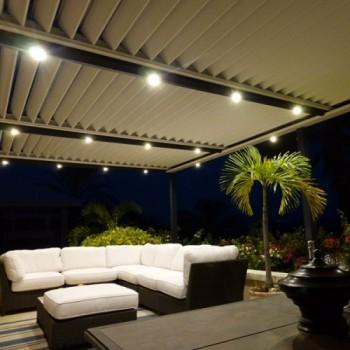 Accessoires pergolas aluminium solisysteme for Lampe exterieur pour pergola